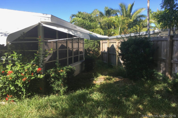 1725 NE 16th St, Fort Lauderdale