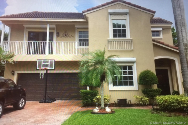 935 NW 127 Avenue, Coral Springs