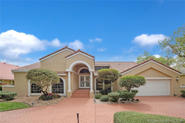 12100 Classic Dr, Coral Springs