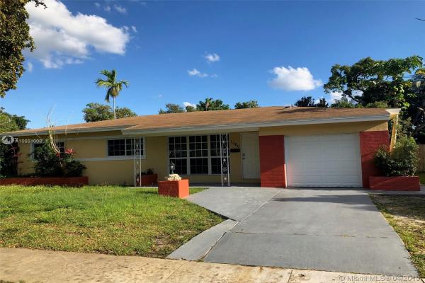 1560 NE 159 St, North Miami Beach