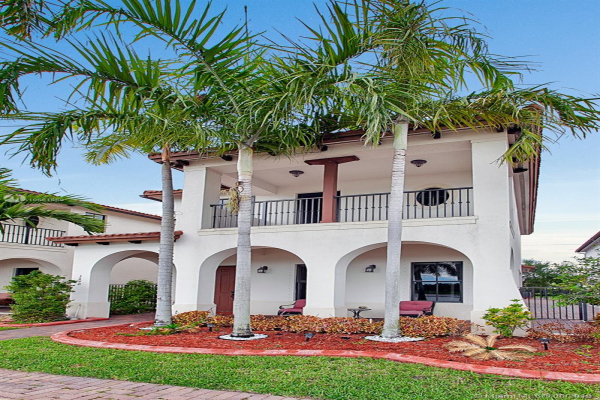3640 NW 84th Way, Cooper City