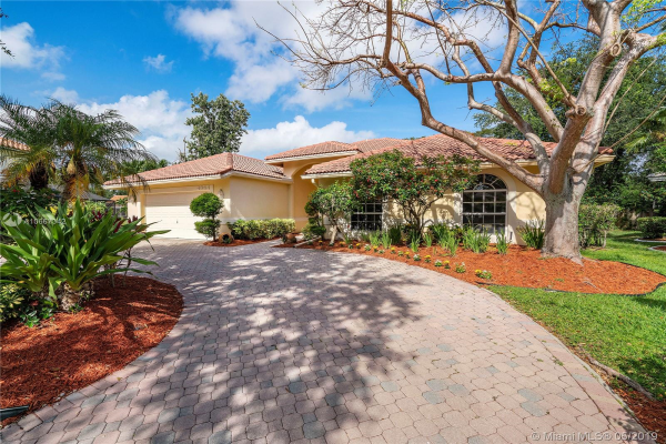 4354 NW 65th Ter, Coral Springs