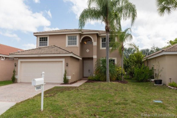 11853 NW 55th St, Coral Springs