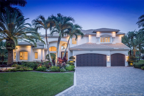 3536 Del Mar Ave, Davie