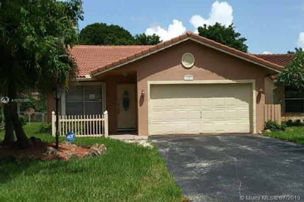 1780 NW 93rd Ter, Coral Springs