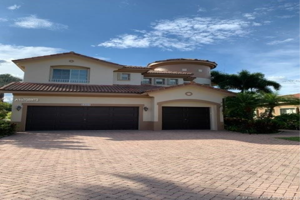 12227 NW 49th St, Coral Springs