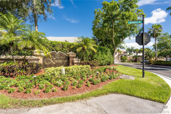 10646 NW 48th ST, Coral Springs