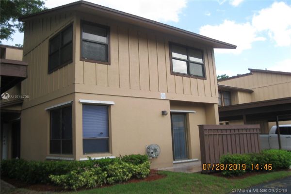9952 Royal Palm Blvd, Coral Springs