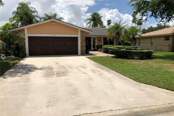 11514 NW 39th Pl, Coral Springs