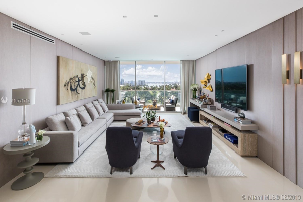 10201 Collins Ave, Bal Harbour