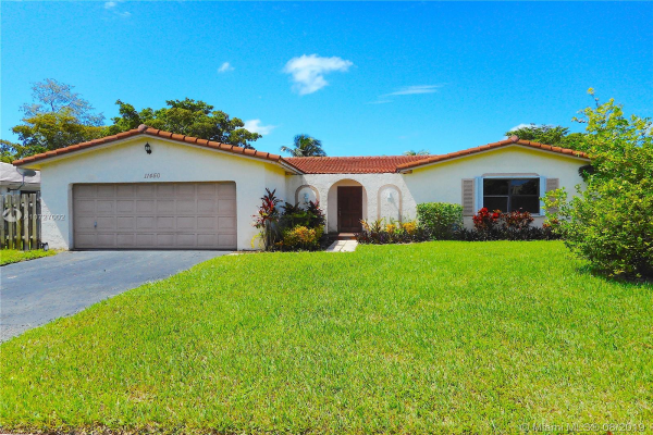 11450 NW 37th St, Coral Springs