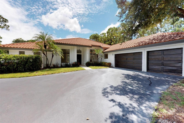 7798 NW 55th Pl, Coral Springs