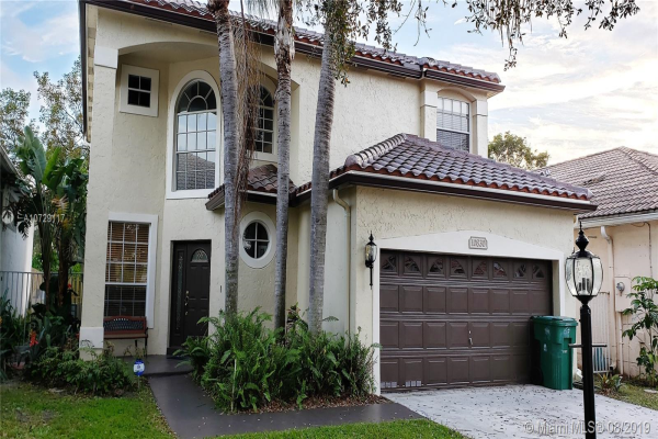 10830 Limeberry Dr, Cooper City