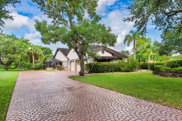 4450 NW 98th Ave, Coral Springs