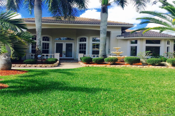 6140 NW 122nd Ter, Coral Springs
