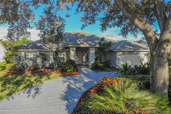 5065 NW 96th Way, Coral Springs