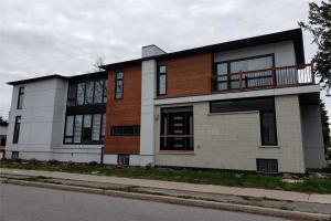 86 Pemberton Ave, Toronto