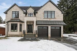 19 Doverwood Crt, Toronto