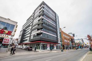 10 Willison Sq, Toronto