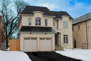 19 Irvington Cres, Toronto