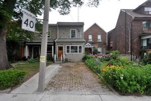 493 Roxton Rd, Toronto