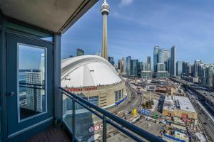 5 Mariner Terr S, Toronto