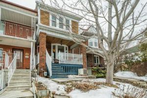 148 Robina Ave, Toronto