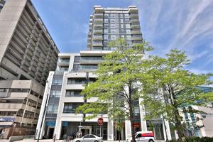 736 Spadina Ave, Toronto