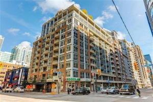 270 Wellington St W, Toronto