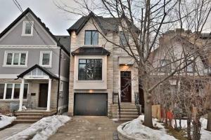 94 Craighurst Ave, Toronto