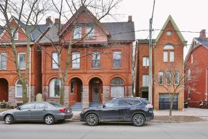 93 Winchester St, Toronto