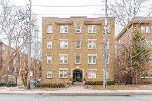 114 Vaughan Rd, Toronto