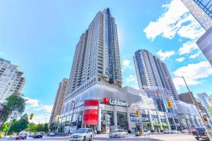 33 Empress Ave, Toronto