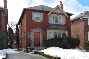 39 St Cuthberts Rd, Toronto