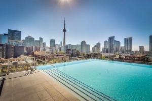 560 King St W, Toronto