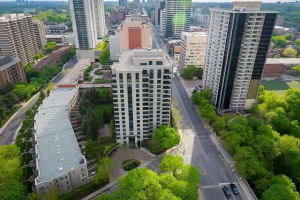 38 Avoca Ave, Toronto