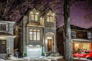 368 Manor Rd E, Toronto
