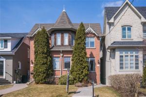 176 Bedford Park Ave, Toronto