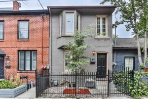 240 Ontario St, Toronto