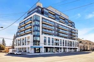 741 Sheppard Ave W, Toronto