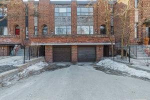 207 Davisville Ave, Toronto