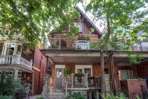 226 Dovercourt Rd, Toronto