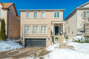 570 Brookdale Ave, Toronto