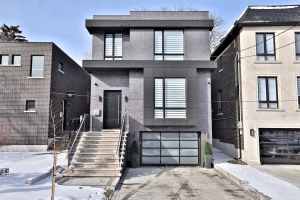 82 Carmichael Ave, Toronto