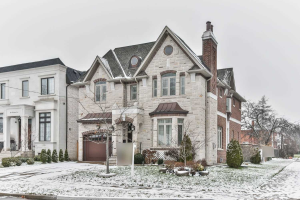 186 Holmes Ave, Toronto