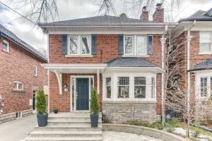 31 Brooke Ave, Toronto