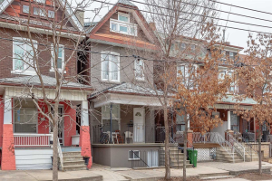 441 Lansdowne Ave, Toronto