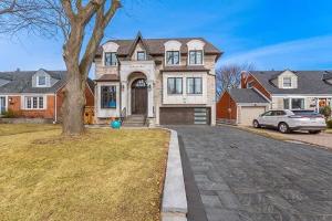 76 Bevdale Rd, Toronto