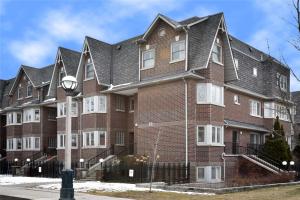 897A Adelaide St W, Toronto