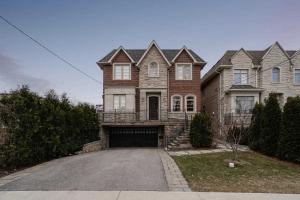 748 Woburn Ave, Toronto